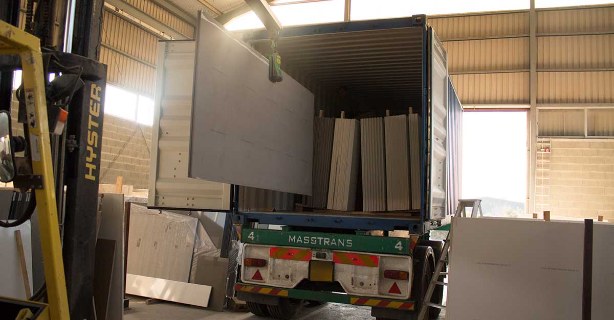 New Batch Of Quartz Slabs Arrived In Our Factory
