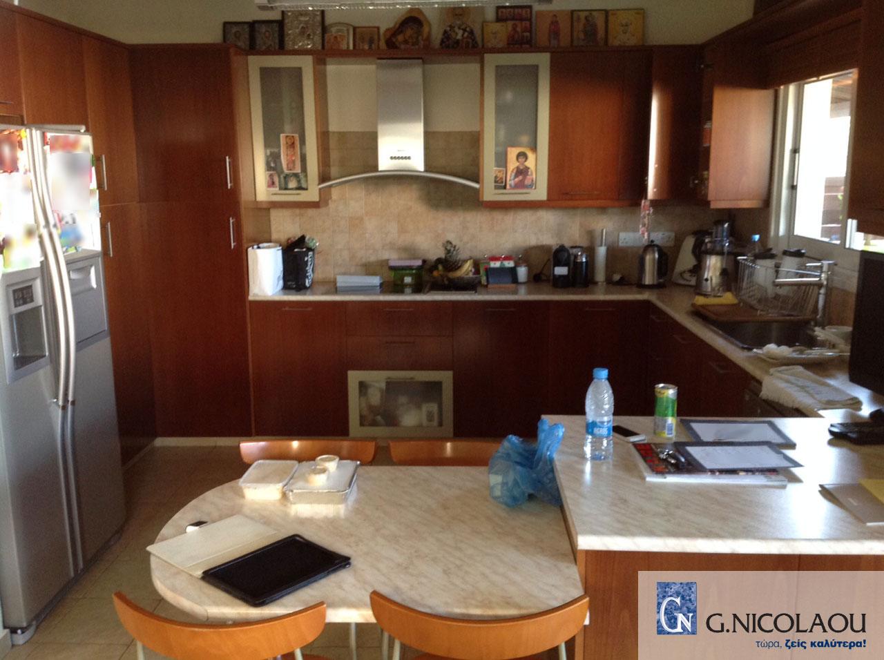 Κουζίνα πριν την ανακαίνιση