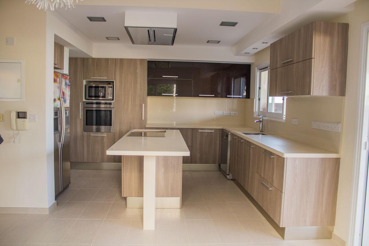 Κουζίνα Ανακαινίστηκε Σε 7 Μέρες [Πριν & Μετά]