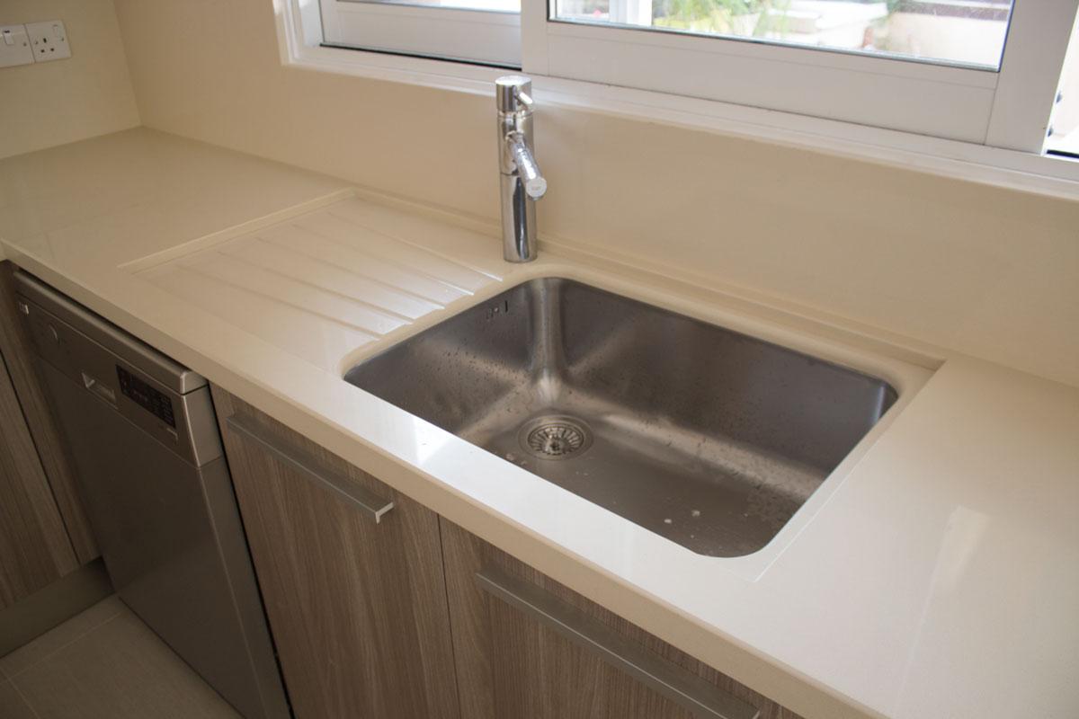 quartz undermount sink