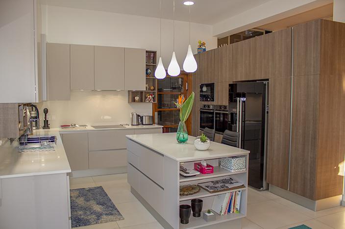 [Πριν & Μετά] Ανακαίνιση Κουζίνας σε 10 Μέρες ΜΟΝΟ – Model Tekna